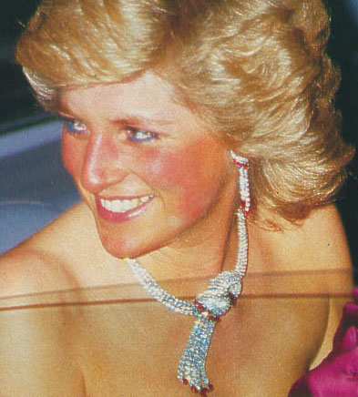 Diana S Diamond And Gemstone Necklaces